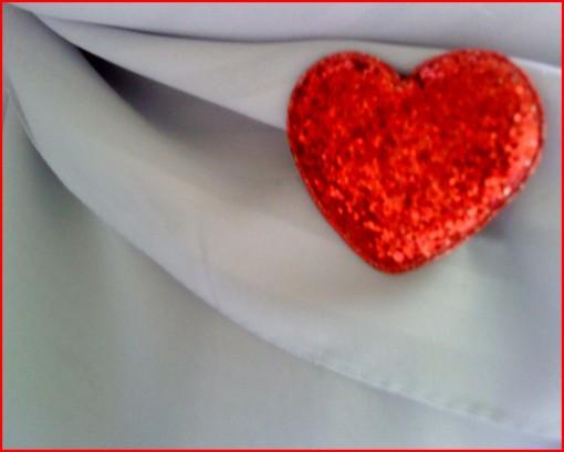 redheartonscarf